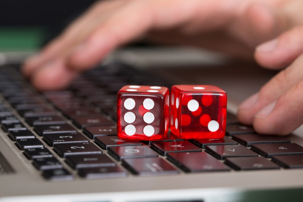 Make money and enjoy the fun with the amazing Web-Based Casinos